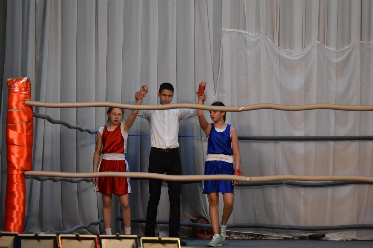 В Кропачёво состоялся необычный турнир по боксу