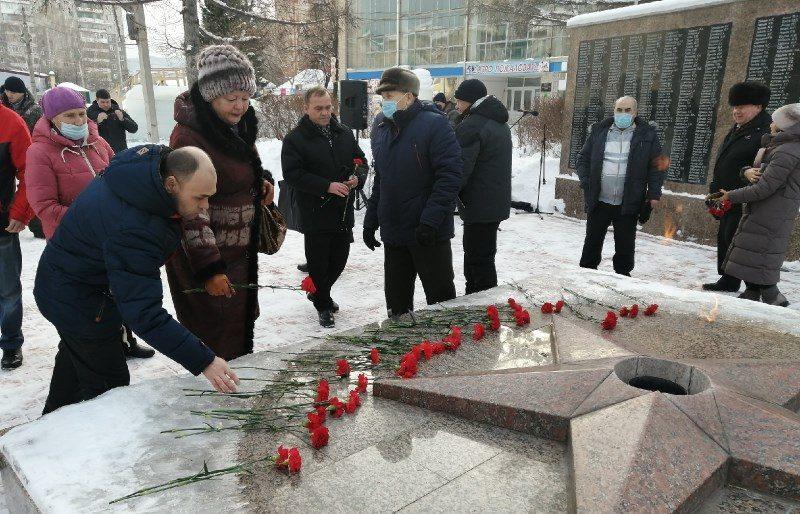 Сегодня в Аше состоялся митинг, посвящённый снятию блокады Ленинграда